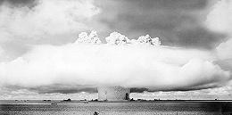 美国曾在这个岛国投下67颗核弹 部分地区至今无法居住