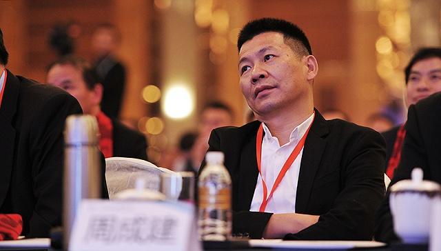 中国服装业首富为何被市场抛弃?