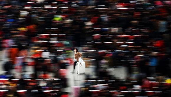 外媒:中国春运是世界最大规模人类迁徙