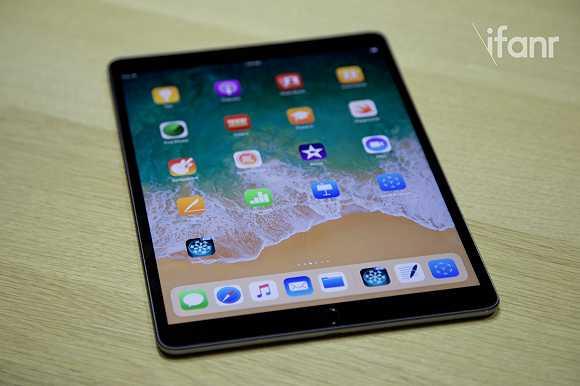 现场实测!新iPad Pro 这简直是电脑了