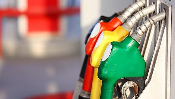 國內成品油價「兩連漲」 汽油一月累漲245元/噸