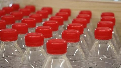 """共享飲水機來了,創始人聲稱""""干掉瓶裝水""""!農夫山泉們緊張嗎?"""
