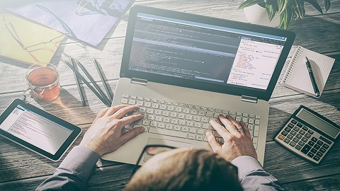 学编程热度不减,未来职场需要有商业头脑的程序员