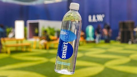 夏日買氣泡水時,你多了一個來自可口可樂的選擇