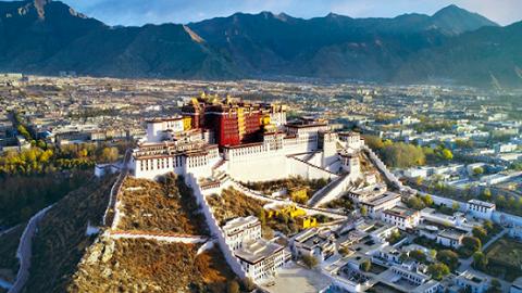 中国人的故事|世界屋脊60年,身边巨变代代传
