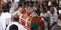 斯里兰卡防长:系列爆炸案是?#36164;?#23545;新西?#35760;?#30495;寺屠杀的回应