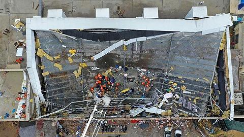 广西百色坍塌酒吧负责人被警方控制,已致3死87伤