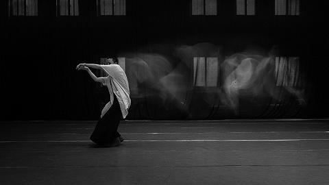 【专访】侯莹:这就是现代舞,为什么要看懂呢?