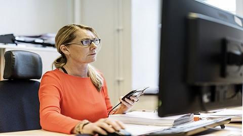 受自动化影响,2030年全球数亿女性面临职业转型
