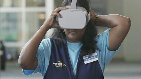 为了减少偏见,沃尔玛用VR选拔和考核中层管理者