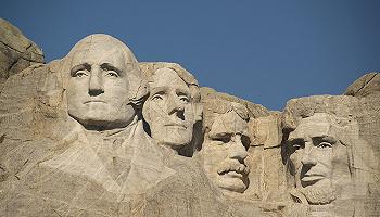 法律只是政治的另一个名字吗:罗斯福与最高法院的较量
