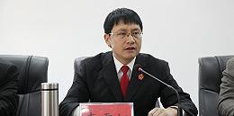 云南大姚县大众法院42岁院长李雪江公事途中遭受车祸过世