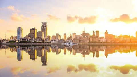 摩天轮、写字楼、汽车工厂……上海经济风向,藏在这些细节中