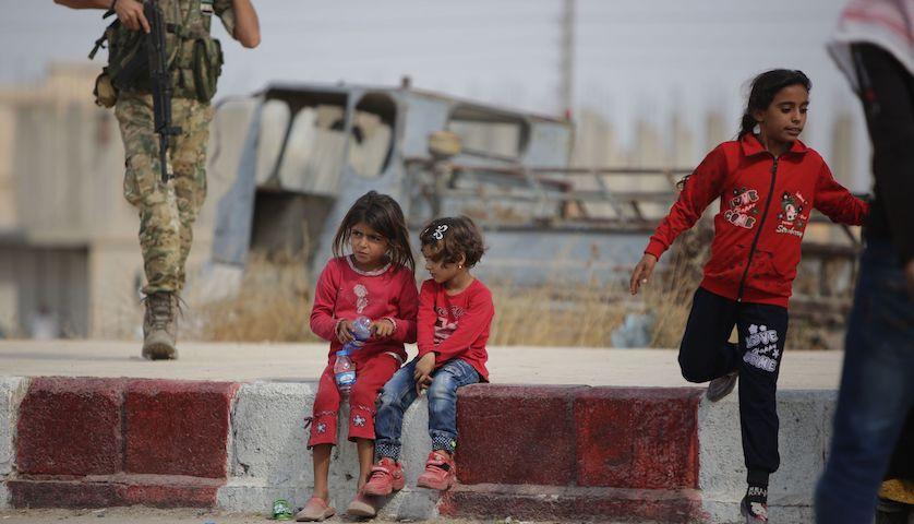 土耳其威胁打爆不撤退的库尔德武装:叙政府军若越线助敌等同宣战|界面新闻·天下