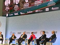 一线直击布雷顿森林体系:世界银行、IMF的新人与全球经济的顽疾