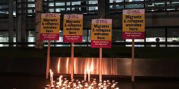 【现场】泰晤士河畔悲伤一夜:英国民众悼念货车死难者