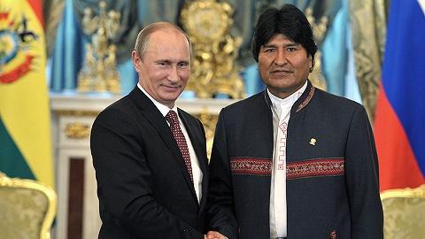"""俄罗斯暂时承认""""政变""""后的玻利维亚新总统,普京担心利比亚剧本重演"""