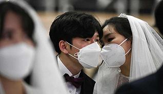 一周影像资讯 | 新冠肺炎下的韩国集体婚礼,Instagram去年广告收入远超YouTube