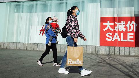 【圖集】從夜市到奢侈品店,看實體消費如何回溫