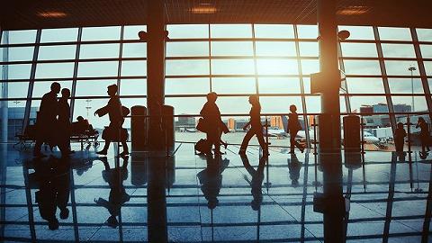 要不要讓乘客戴口罩?美國航空公司進退兩難