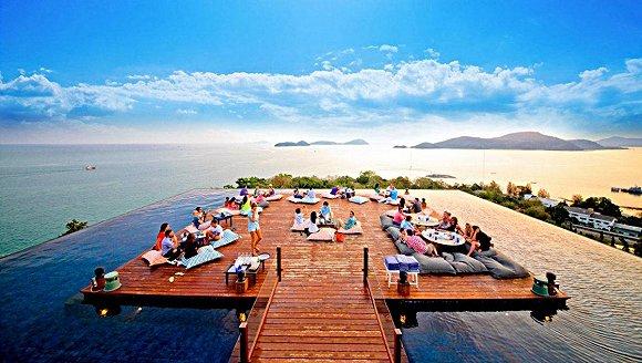 要知道斯攀瓦普吉岛度假村可是欣赏安达曼海绝美的日出日落之景的