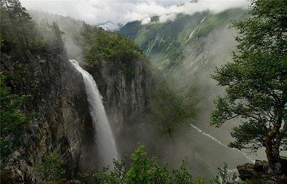 壁纸 风景 旅游 瀑布 山水 桌面 580_372