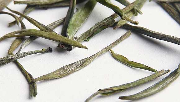 这茶据说是仿造大名鼎鼎的哥德堡号上里装的茶叶,连最早的包装也是图片