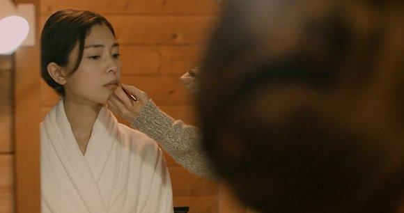 强奸的日本片_做av女优是什么体验,看完这部日本片终于搞清楚了