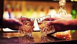 【特写】这是酒鬼们憧憬的理想工作 但要做的不只是喝酒这么简单