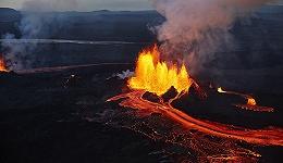 冰岛火山爆发时