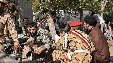 伊朗阅兵式遇袭24人丧生 伊方:枪手由外国政权雇佣