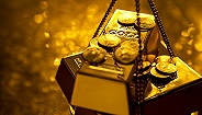全球两大黄金巨头准备合并,业界人士对其前景看法不一