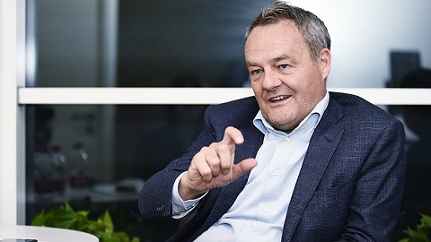 """【專訪】雅芳全球CEO:我們""""正躺在手術臺上"""",實現增長目標要靠中國"""