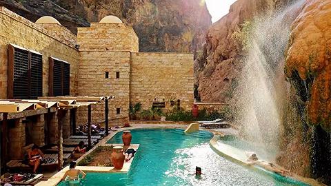 寻找隐藏于约旦的千年温泉