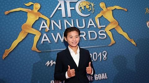 中国球员12年后再成亚洲足球小姐,称王亚洲后王霜想征服更高舞台