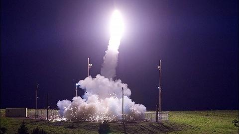 """""""星球大战""""计划2.0版:美国想把导弹拦截器放到太空"""