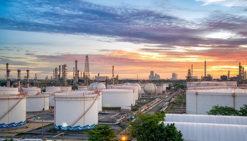 中国石油消费达峰时间提前至2025年,峰值约7.2亿吨