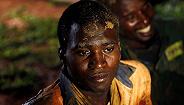 津巴布韦金矿被洪水淹没致60多人死亡,救援持续