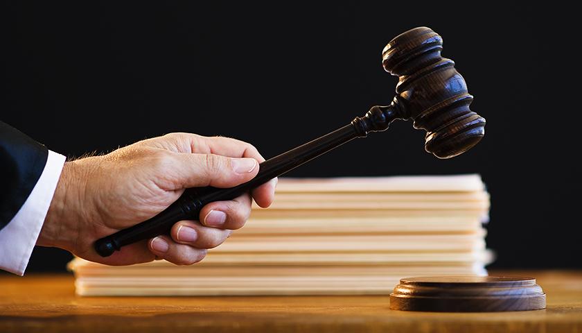"""跌落神坛后""""小燕子""""提起上诉,欲驳回投资者的全部诉讼请求"""