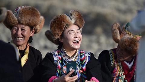 西藏民主改革的伟大实践及历史启示