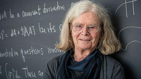 首位获阿贝尔奖女性数学家乌伦贝克:被数学救赎