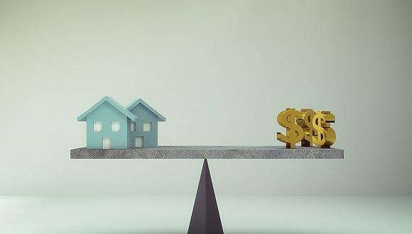 年报业绩理想,地产股有望突破估值天花板