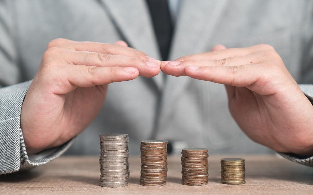 """【深度】借钱就要强制上保险?消费贷和财险公司共谋的这门""""好生意""""正在被做坏"""