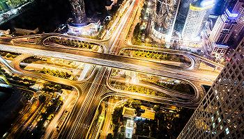 知名经济学家放话:深圳将超过上海和硅谷,成为整个地球的经济中心