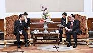 李强会见日本首相特使:围绕共同关心领域深挖?#29486;?#28508;力