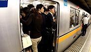 担心奥运游客带来交通压力,日本想让60万东京上班族在家办公