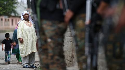 印巴克什米尔再交火:巴军1军官丧生,两国4平民受伤