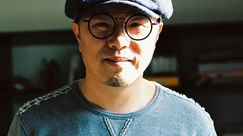 【专访】《再见,乌托邦》导演盛志民:十年后我意识到,理想主义在每个时代都存在