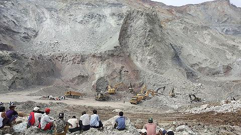 緬北一礦坑堤壩塌陷致14人死亡,全球九成翡翠產自當地流域