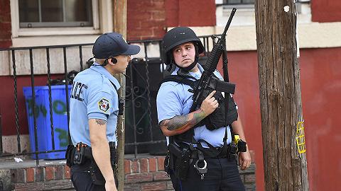 美国费城枪击案六名执勤警员受伤,仍在与至少一名藏匿凶手对峙